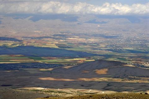 L_Overlooking view-East Bekaa Valley HR